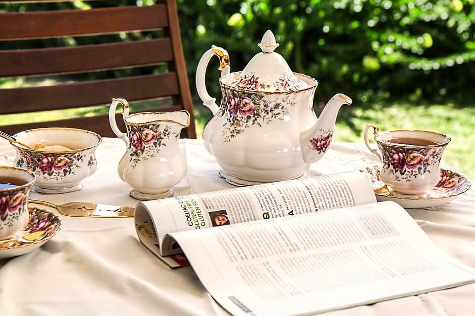 L'instant thé avec la Tradition anglaise